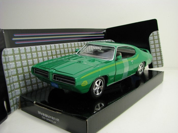 Pontiac GTO Judge 1969 Green 1:24 Motor Max
